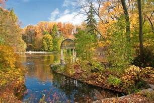 autumn s colors and chrysanthemum festival at longwood