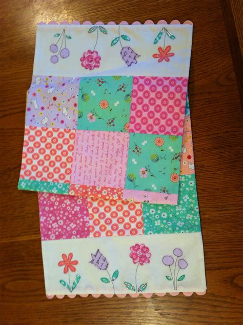 sewing pattern table runner sewing with terriers table runner pattern
