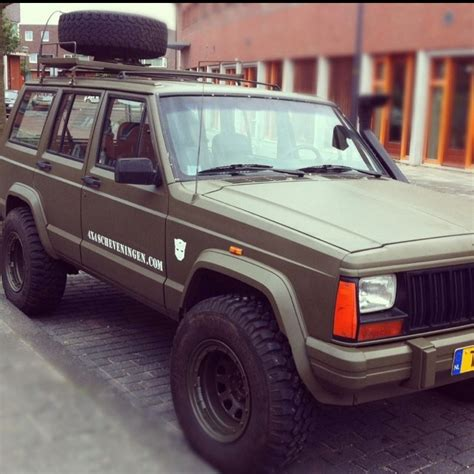 green jeep cherokee lifted jeep cherokee army green some project ideas pinterest