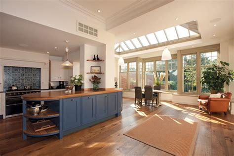 how to create seamless kitchen garden spaces