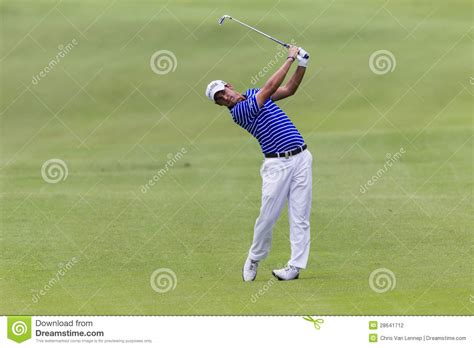 swing pro golf golf pro manessero swing editorial photography image