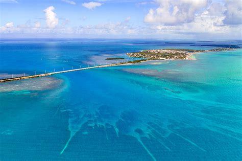 tropical vacations   world  beautiful