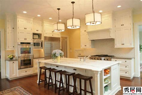 small kitchen design houzz big kitchens vs small 家庭开放式厨房吧台装修效果图 欧式敞开式厨房吧台餐桌尺寸及设计图片 秀居网