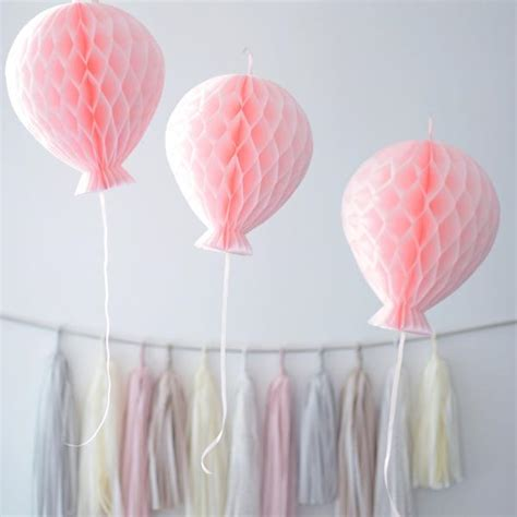 Pompom Decoration Polos Uk 20cm paper honeycomb balloon decoration custom color 15cm