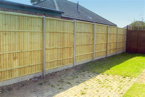 slotted posts  panels  forest fencing
