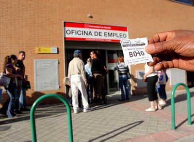 horario oficina inem madrid el aluvi 243 n de nuevos parados colapsa las oficinas del inem