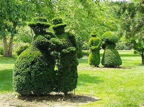 topiary park columbus ohio il columbus topiary park una passeggiata in un opera d