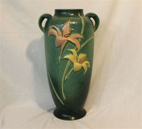 bargain s antiques 187 archive roseville pottery