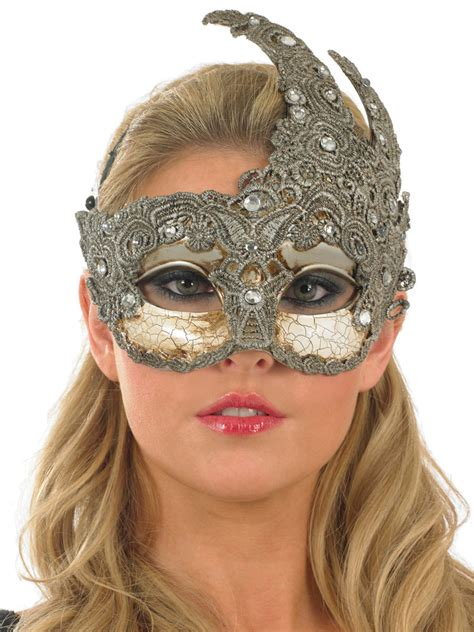 Idea Diary Power Eye Mask Platinum masquerade debutante cake cake ideas and designs
