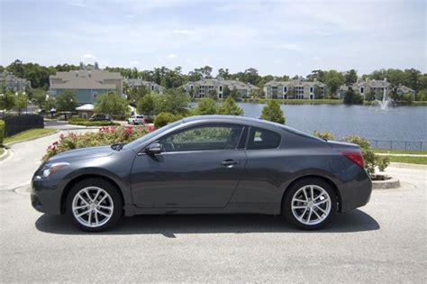 nissan coupe 2010 2010 nissan altima coupe 3 5 sr review test drive