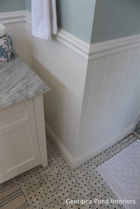 white wainscoting bathroom best 25 wainscoting bathroom ideas on pinterest bathroom paint colours white