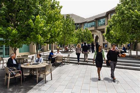 Mba At Berkeley by Why Business School Berkeley Mba Students Their Reasons