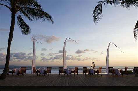 dining  sunset  breeze seminyak restaurants