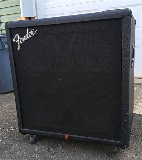 fender bxr410 bass guitar cabinet with four genuine fender