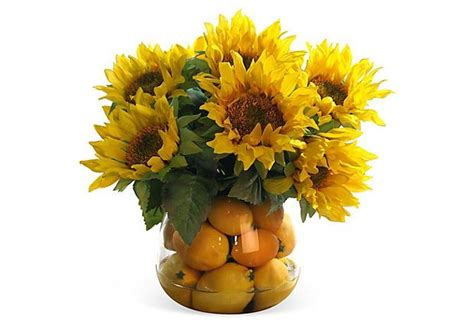 14 Sunflowers In A Vase by 17 Best Images About Graduation Flowers On