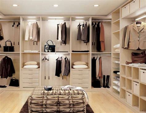 Drives Cache Closet by 17 Best Images About Walk In On Walk In Closet