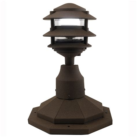 3 Tier Pagoda Post Light Ppc350 By Aql Pagoda Landscape Lights