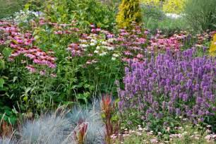 Planting A Perennial Flower Garden Gardening Gardening Gardening 187 Gardening For The Birds