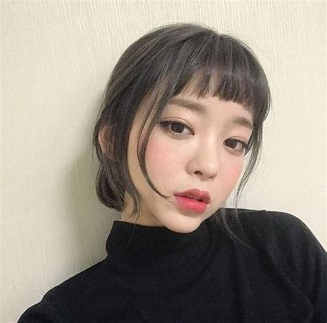 short blunt hair on pinterest thick eyebrows asian 53 best bangs images on pinterest short hair fringes