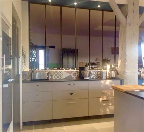 entr馥 cuisine cuisine verriere entre cuisine et salle 224 manger