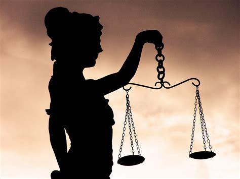 imagenes de mujer justicia derecho y justicia divisiones del derecho romano