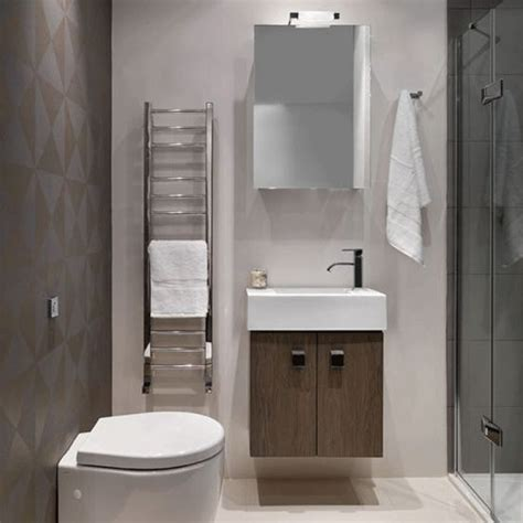 Small Showers For Small Bathrooms The 25 Best Small Bathroom Designs Ideas On Pinterest Small Bathroom Ideas Cool Bathroom