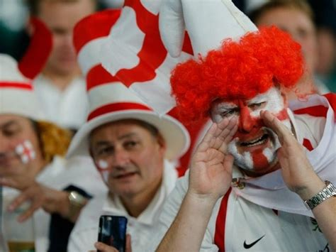 why do england fans sing swing low u s academics scold england rugby fans as insensitive