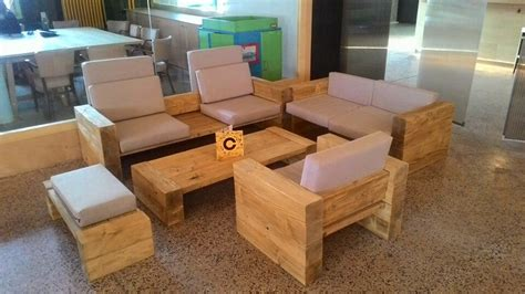 build living room furniture diy reclaimed wood furniture project diy and crafts