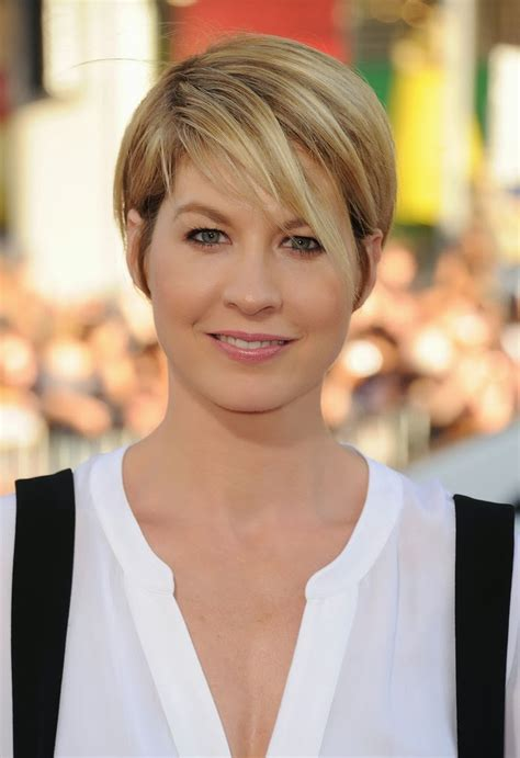 hair longer side peices 30 trendy hairstyles for short hair ecstasycoffee