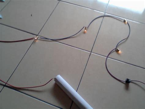 membuat rangkaian seri lampu sederhana