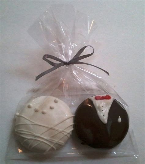 cookie wedding favors fortune cookies oreo wedding 150 sets oreo chocolate covered cookie bride and groom