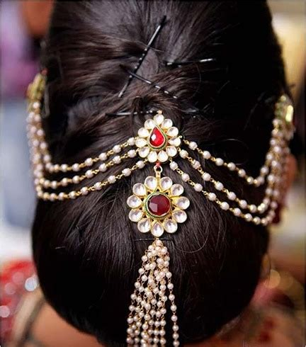 Indian Wedding Bridal Hairstyles Pictures by 60 Traditional Indian Bridal Hairstyles For Your Wedding