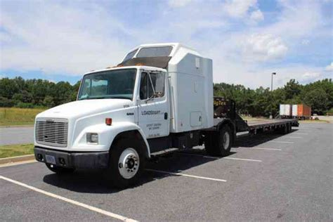 freightliner fl70 2003 sleeper semi trucks