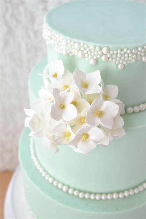 hydrangea cake hydrangea cake pictures to pin on pinsdaddy
