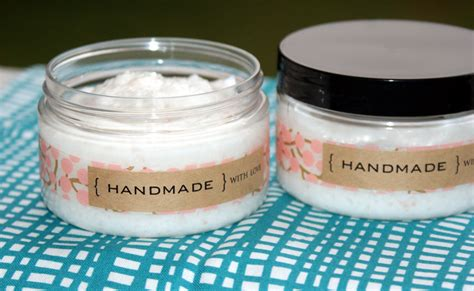Handmade Scrub - diy foaming salt scrub recipe