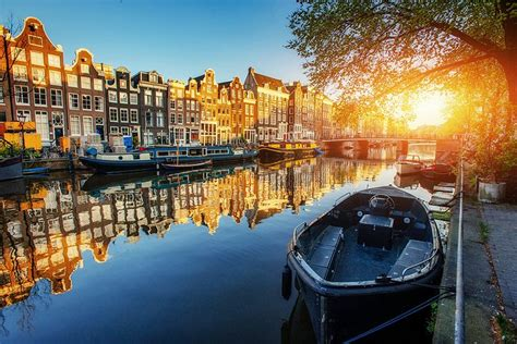 best area to stay in amsterdam where to stay in amsterdam best areas hotels 2018