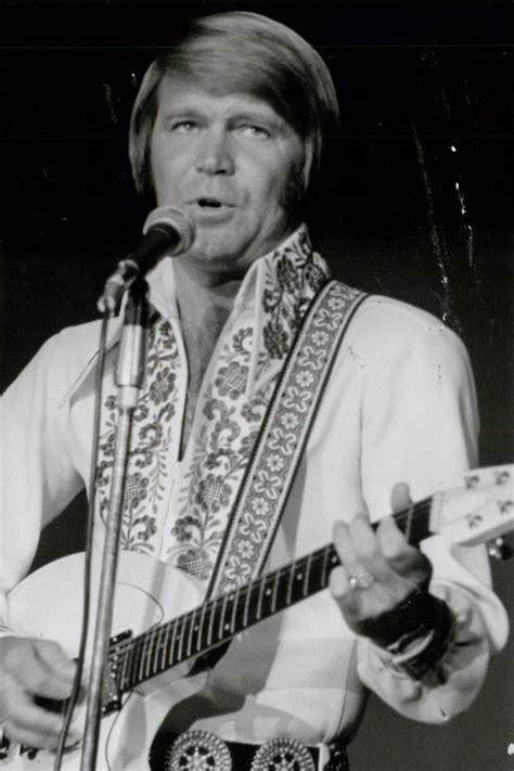 glen cbell country music star no 1 country music star glen cbell dies at 81 las vegas