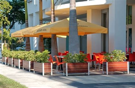 restaurant patio planters image result for http www deepstreamdesigns