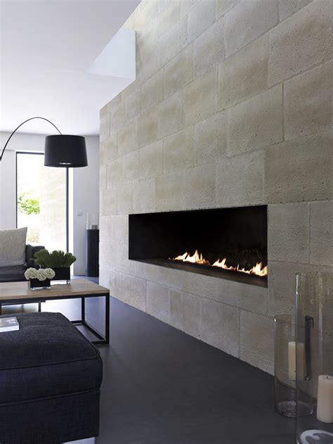 feature wall ideas living room with fireplace pavimenti casa italia
