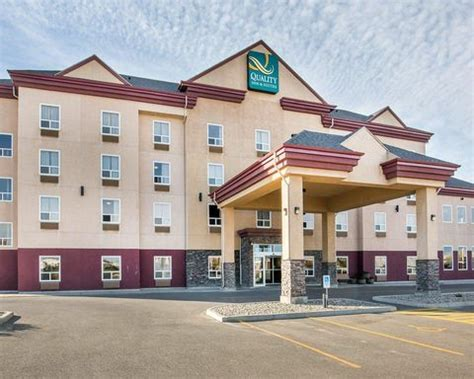 comfort inn choice hotels comfort inn hotels in lethbridge ab by choice hotels