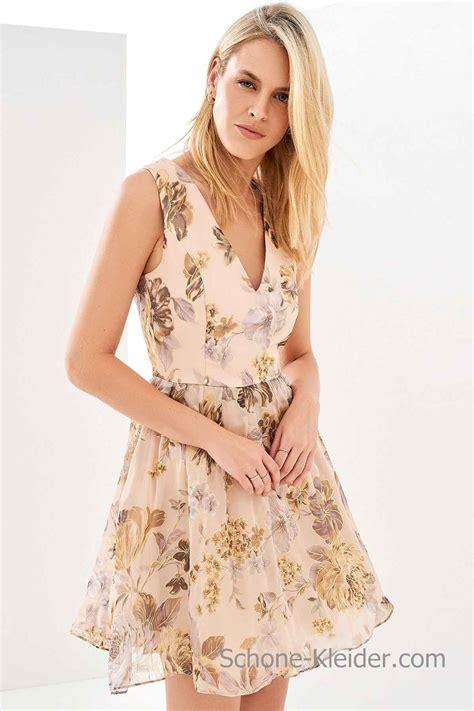 kurze sommerkleider  blume gemusterten kleid damenmode