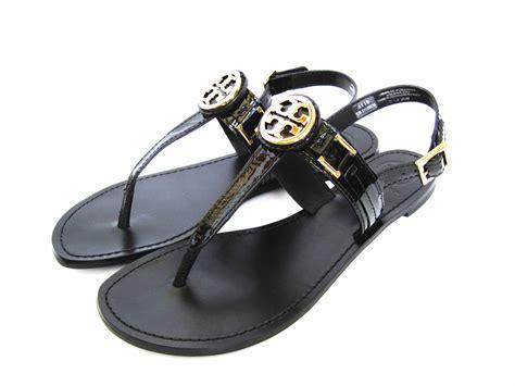 black burch sandals burch patent cassia gold logo sandal black 9 5