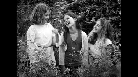 film romance moyen age critique les filles au moyen age un film de hubert viel