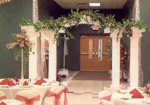 Decorating Ideas For Wedding Arches Wedding Arch Decorating Tips