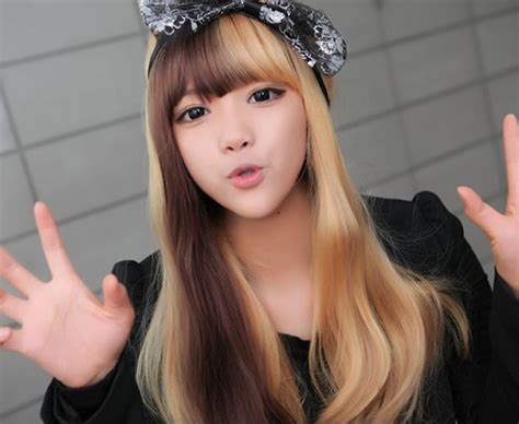 half brown half blonde hair half blonde brown short hair medium hair styles ideas