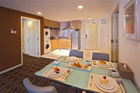 2 bedroom hotel suites singapore 2 bedroom apartment singapore hotels home decorations idea