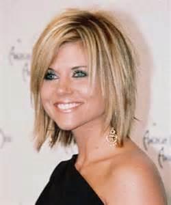 Short to medium length layered hairstyles