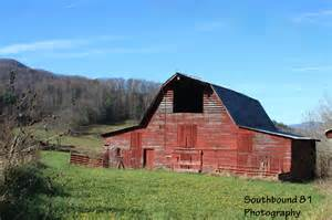 Barn In Barn Southbound 81 Photography