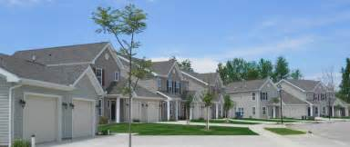 Woodland Apartments Erie Pa 5319 Zuck Road Erie Pa 16506 Hotpads