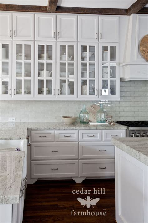 White Kitchen Cabinets With Glass The Best Kitchen Styling Tip Cedar Hill Farmhouse